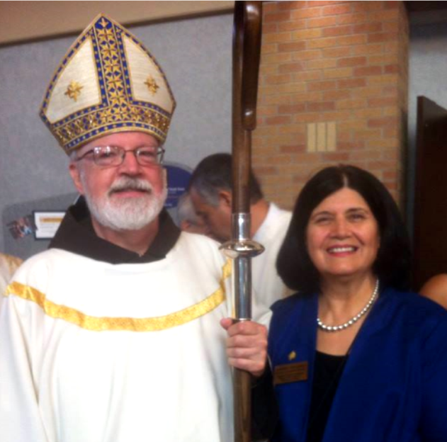Cardinal_O'Malley_with_Aurora_Tinajero.png